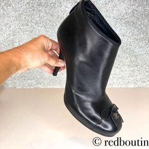 CHANEL Shoes - Chanel CC Black Leather Ankle Booties bow front